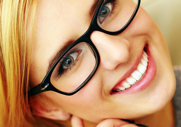 331683b81005bb Brillen en zonnebrillen bij Ergra Optiekspecialisten in Den Haag  Benoordenhout